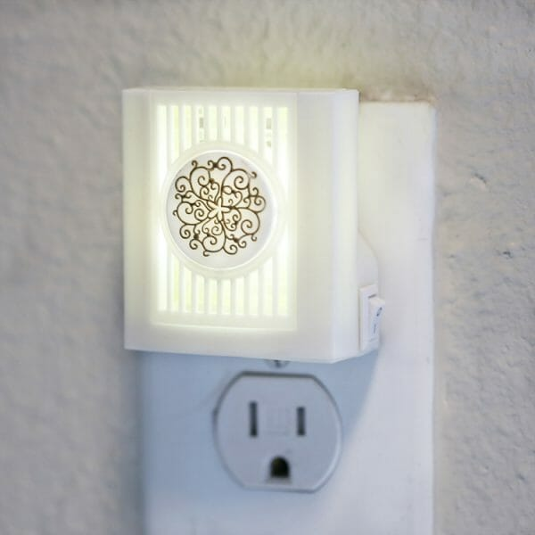 Floral Plugables ScentSlide™ Electric Scent Diffuser In Use