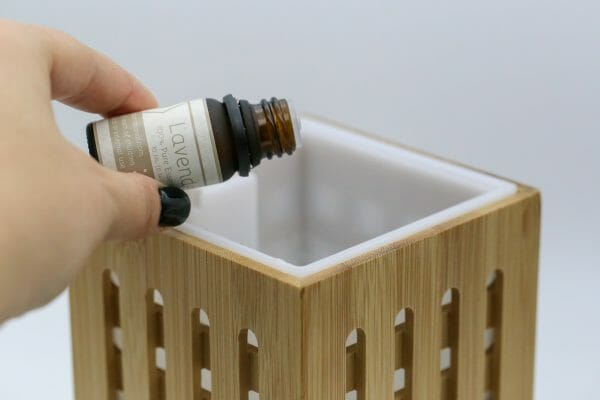Adding 100% Pure Essential Oils to Ultrasonic Aromatherapy Diffuser