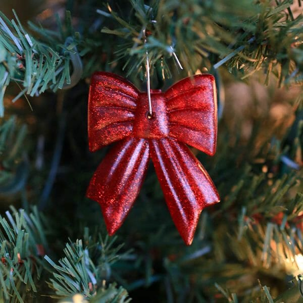 Icy Cinnamon scented holiday ornament